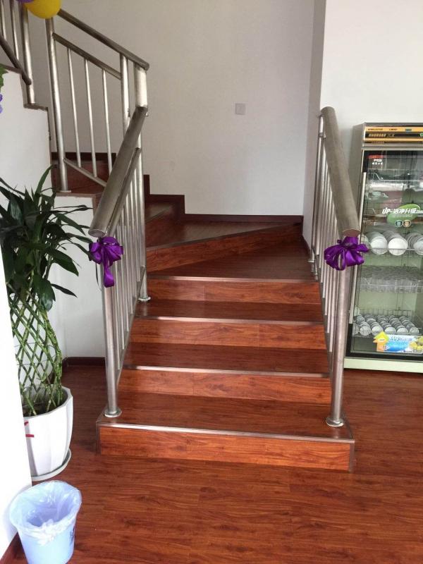 現澆直角樓梯