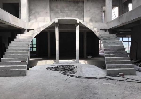 別墅樓梯花式改造